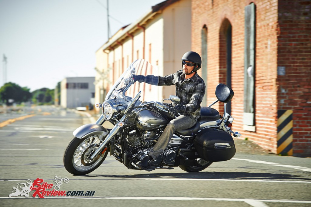 Bike Review Yamaha XV1900AT Star Tourer Test (14)