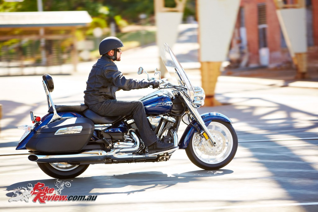 Bike Review Yamaha XV1900AT Star Tourer Test (2)