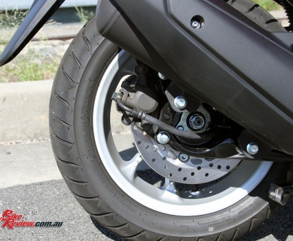 The rear brake is a single piston unit with 230mm rotor.