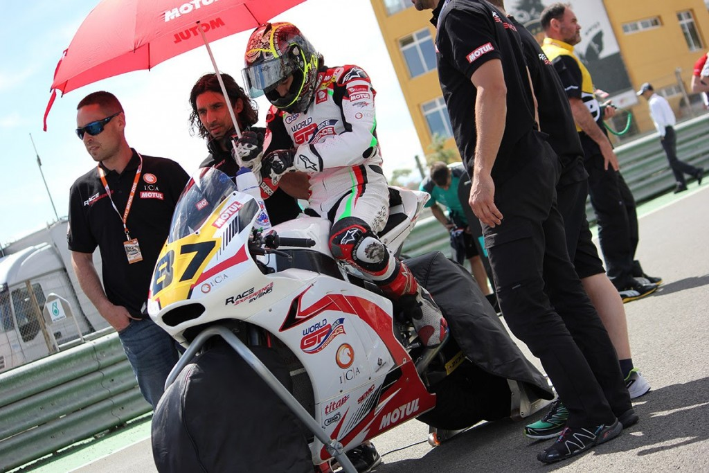 Remy Shows Podium Pace In European Moto2 Opener (2)