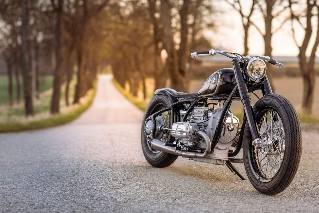 To mark the 80th anniversary of the BMW R 5, BMW Motorrad is honouring this icon at the Concorso d'Eleganza Villa d'Este 2016 with a special model: the BMW R 5 Hommage.