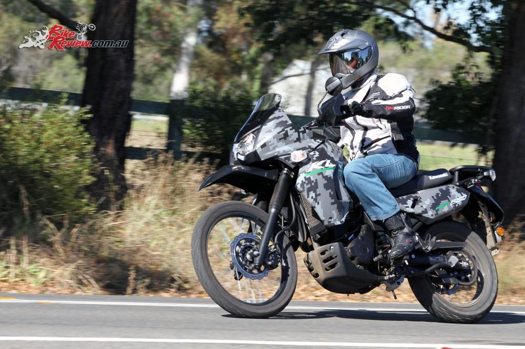 2016 Kawasaki KLR650 Bike Review Actions (10)