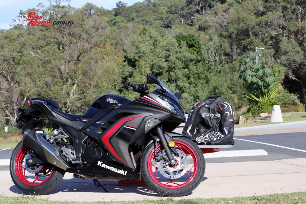 2016 Kawasaki Ninja 300 (5)