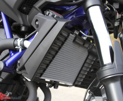 2016 Yamaha MT-03 Bike Review Details (13)
