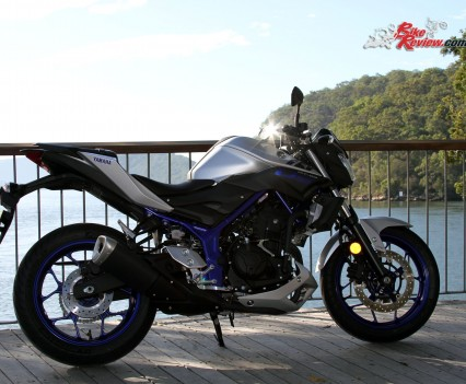 2016 Yamaha MT-03 Bike Review Stat (12)