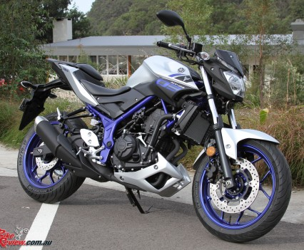 2016 Yamaha MT-03 Bike Review Stat (5)