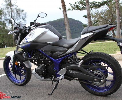 2016 Yamaha MT-03 Bike Review Stat (8)