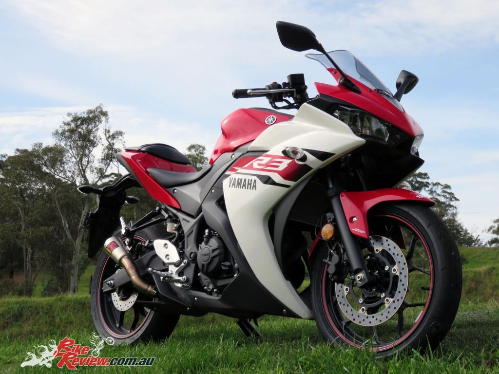 2016 Yamaha YZF-R3 Bike Review Statics (6)