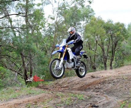 Bike Review 2016 Yamaha WR250R Actions (14)