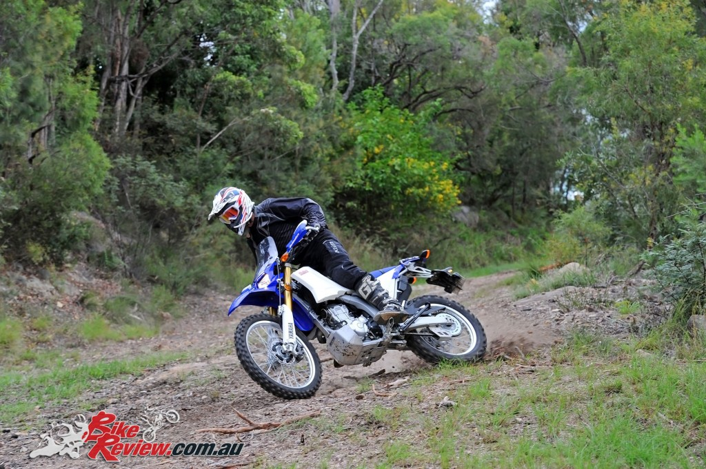 Bike Review 2016 Yamaha WR250R Actions (20)