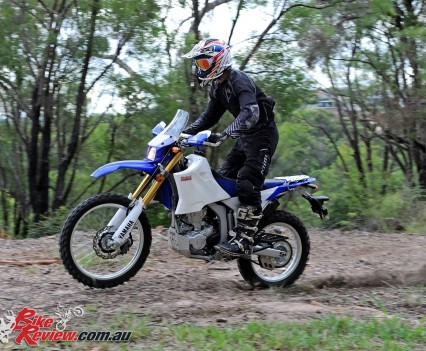 Bike Review 2016 Yamaha WR250R Actions (24)