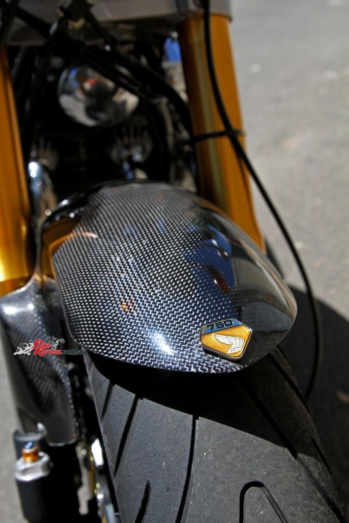 Bike Review Custom Classic CB750 Four Details (19)