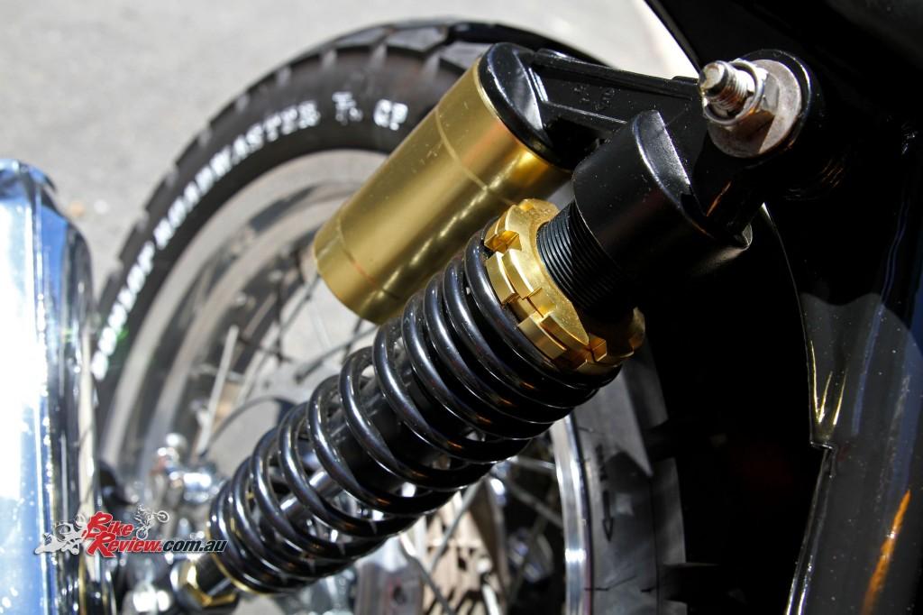 Bike Review Custom Classic CB750 Four Details (20)