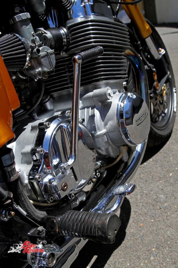 Bike Review Custom Classic CB750 Four Details (6)
