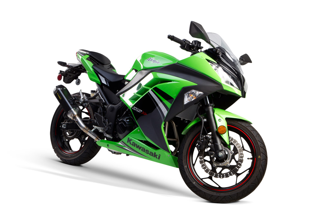 Bike Review Two Brothers Tarmac 2014_KAW_NINJA300_TM_FS_front