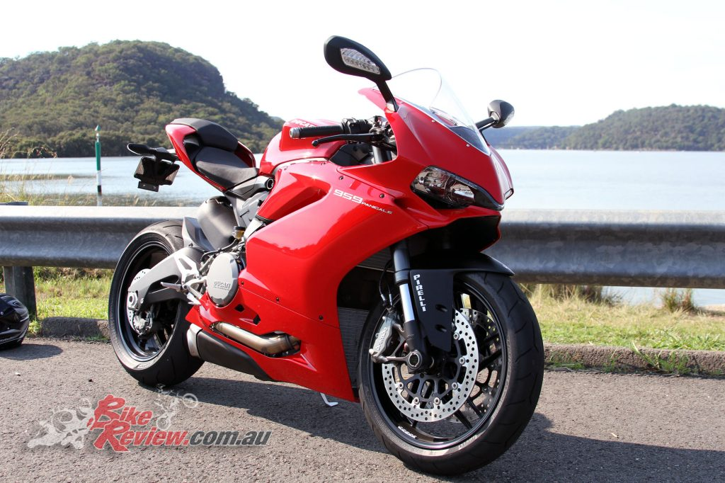 2016 Ducati 959 Bike Review (2)