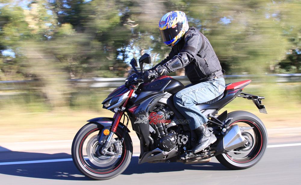 2016 Kawasaki Z1000 Bike Review20160524_0574