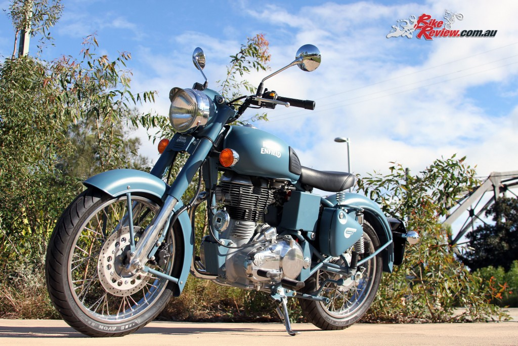 2016 Royal Enfield Classic 500 Bike Review (3)