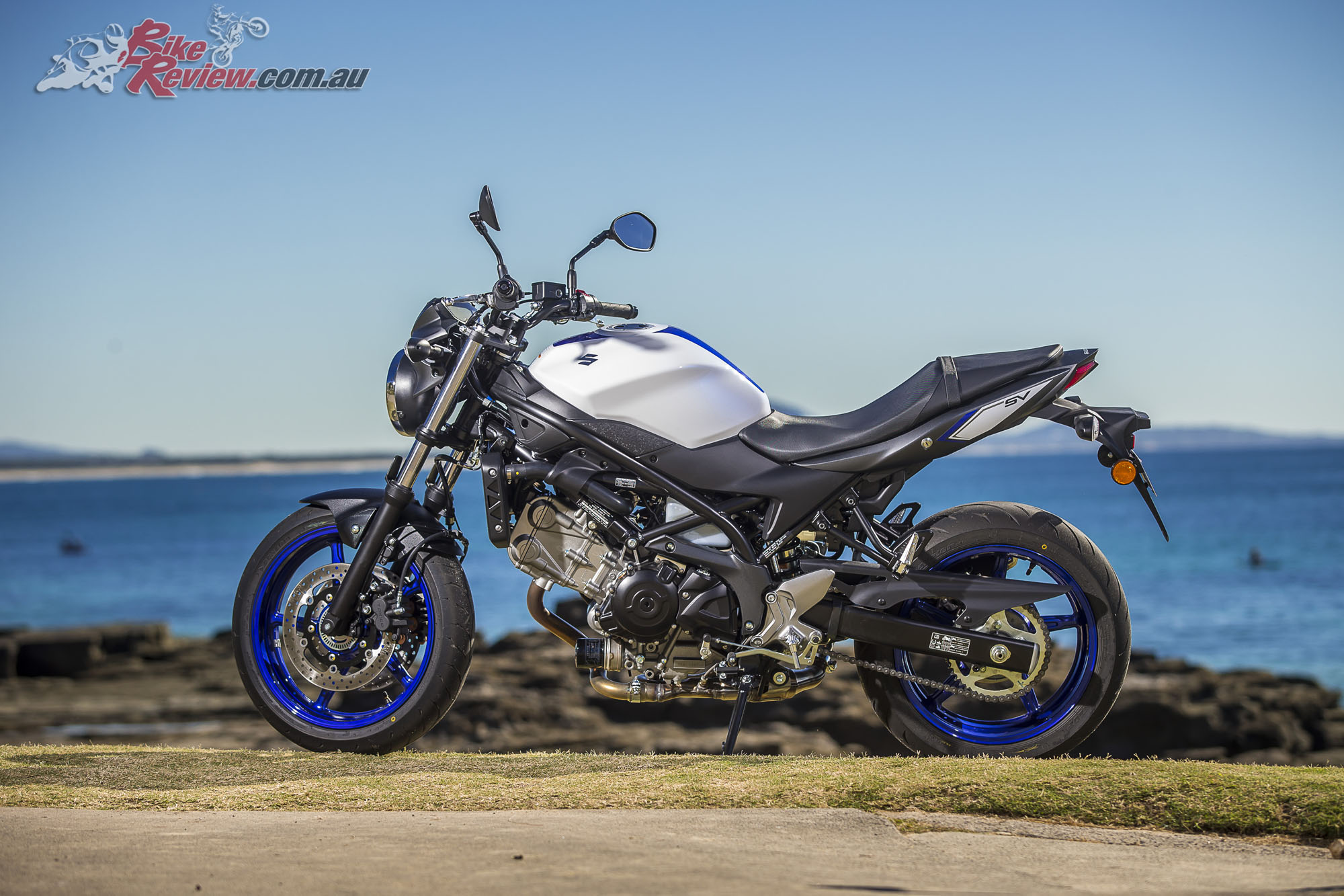 2016 Suzuki SV650 LAMS Bike Review Stat 28