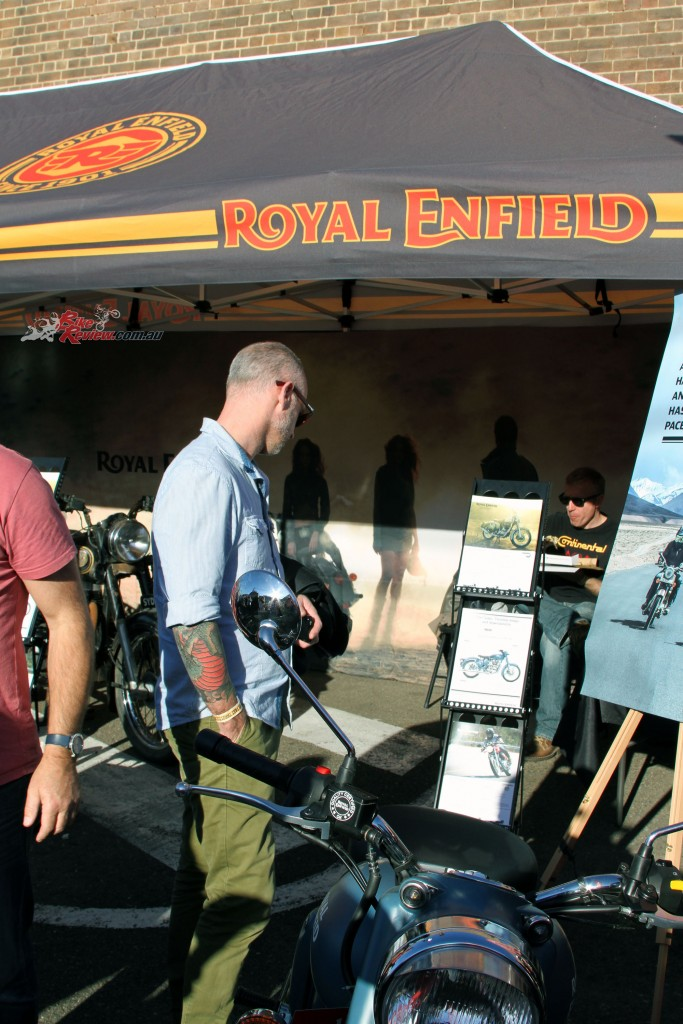 2016 Throttle Roll Bike Review Royal Enfield (5)