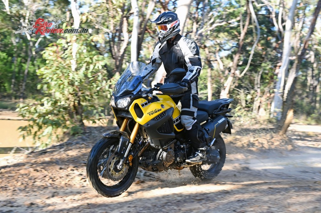 2016 Yamaha Super Tenere Actions (14)