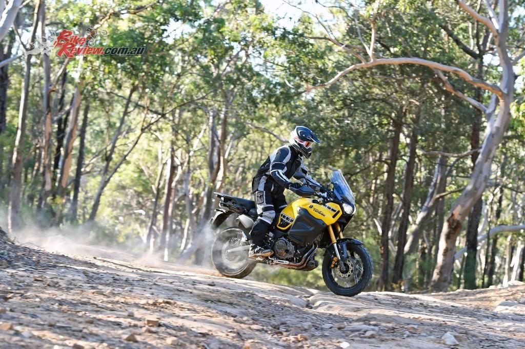 2016 Yamaha Super Tenere Actions (23)