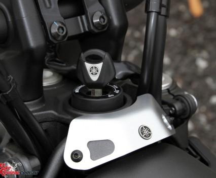 2016 Yamaha XSR700 Bike Review Det (17)