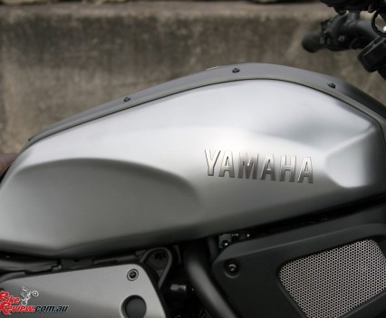 2016 Yamaha XSR700 Bike Review Det (3)