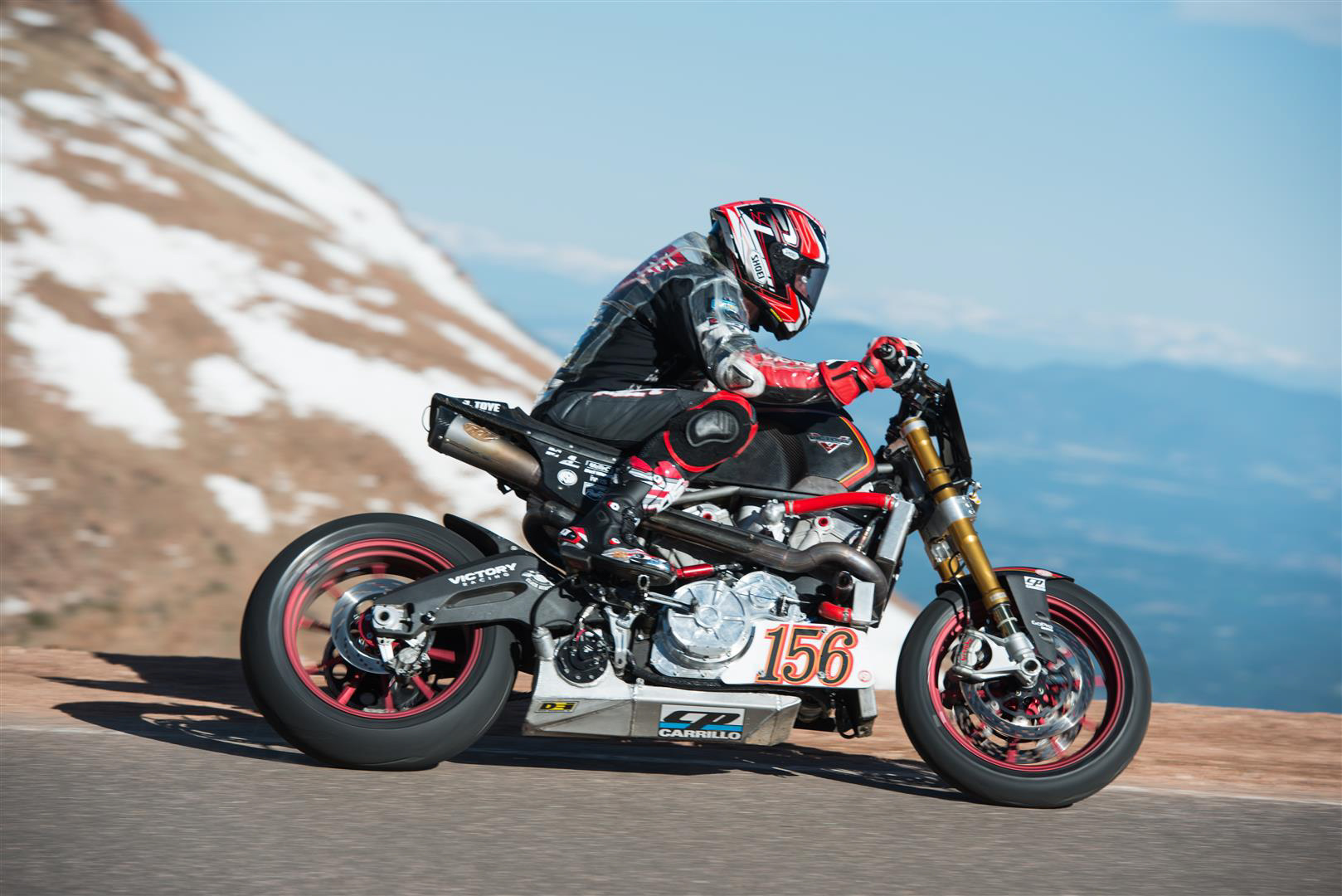 victory racing 39 s pikes peak success bike review. Black Bedroom Furniture Sets. Home Design Ideas
