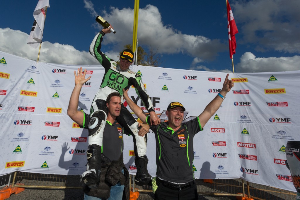 Western Australian local Clarke takes round honors and Supersport Championship lead at Barbagallo