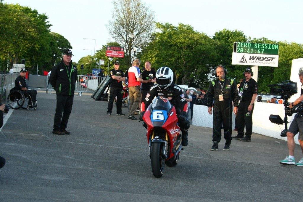 William Dunlop powers to a 112.85mph lap on the new electric Victory RR4