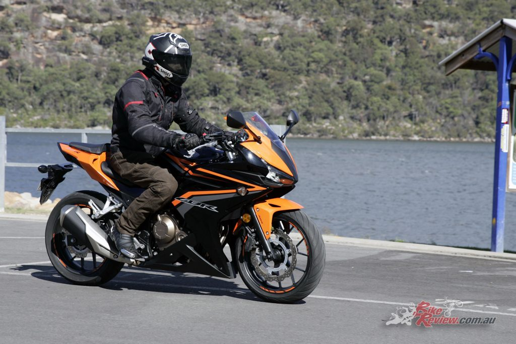 2016 Honda CBR500R Bike Review (3)