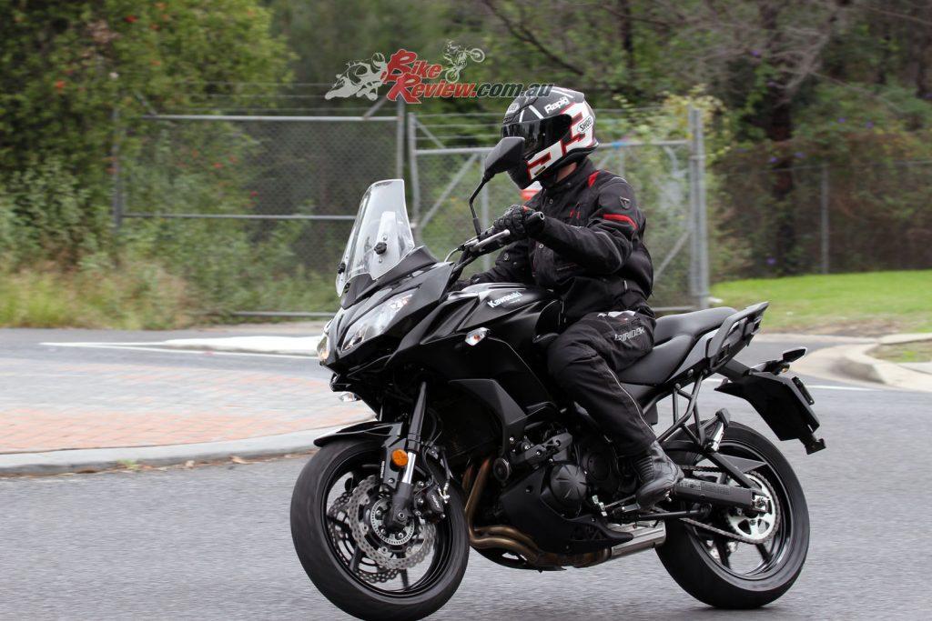 2016 Kawasaki Versys 650L Bike Review (1)