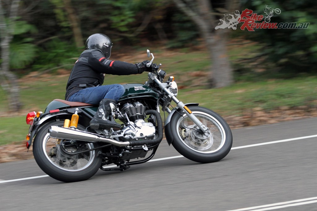 2016 Royal Enfield Continental GT Bike Review (20)
