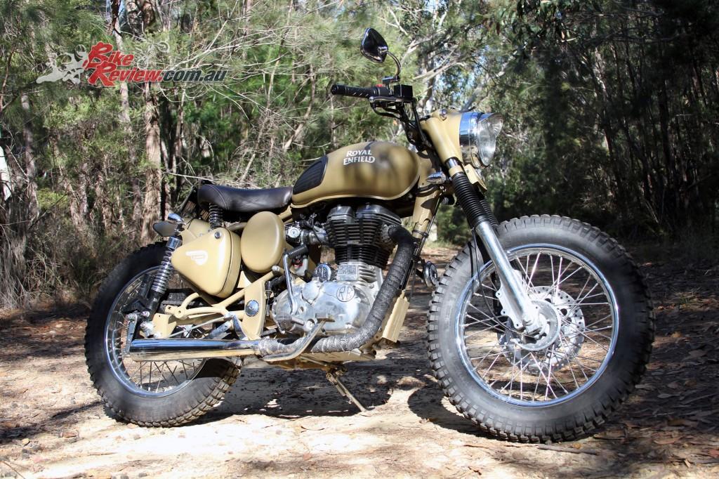 2016 Royal Enfield Custom Desert Storm - Bike Review (2)