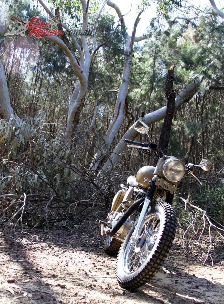 2016 Royal Enfield Custom Desert Storm - Bike Review (23)