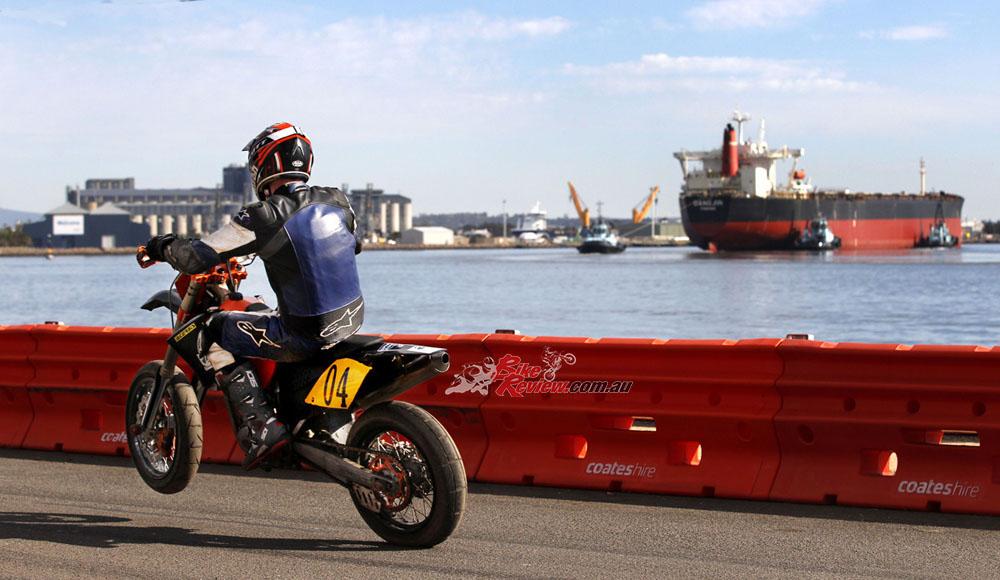 Newcastle Supermotard Bike Review20160728_0717
