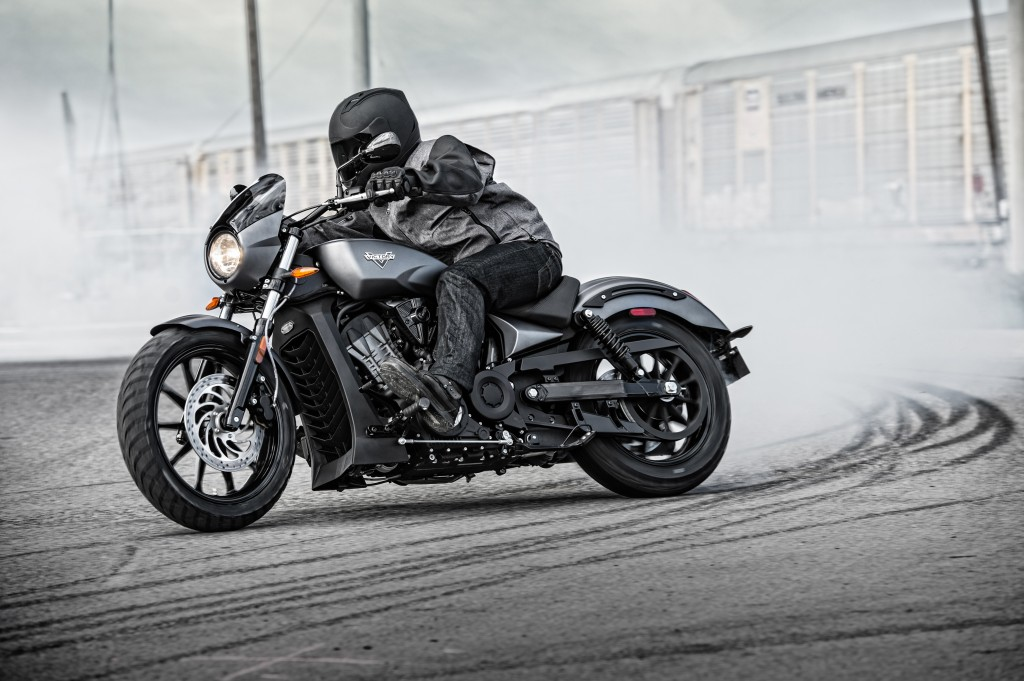 The all-new Victory Octane is a 1200cc, liquid-cooled V-twin—Victory's first-ever liquid-cooled engine that utilizes dual overhead cams and four-valve heads to rev beyond 8,000 rpm and put down an authoritative 103 horsepower.