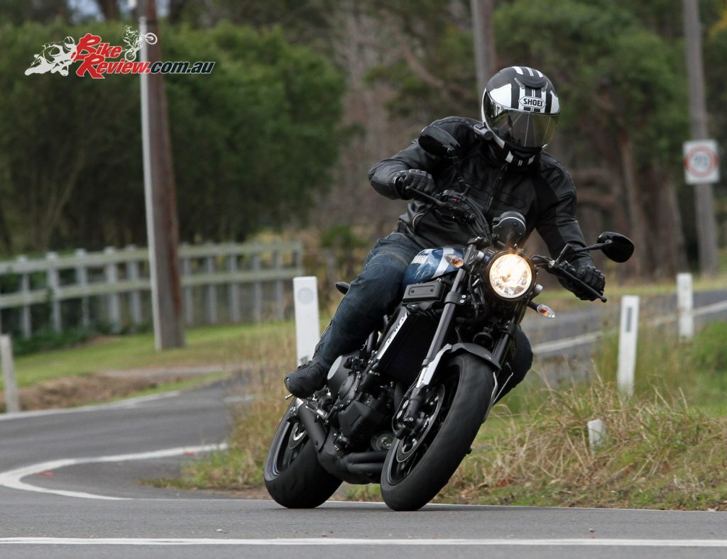 2016 Yamaha XSR900 Bike Review Actions (15) copy