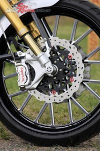Custom BT Racer - Bike Review (12)