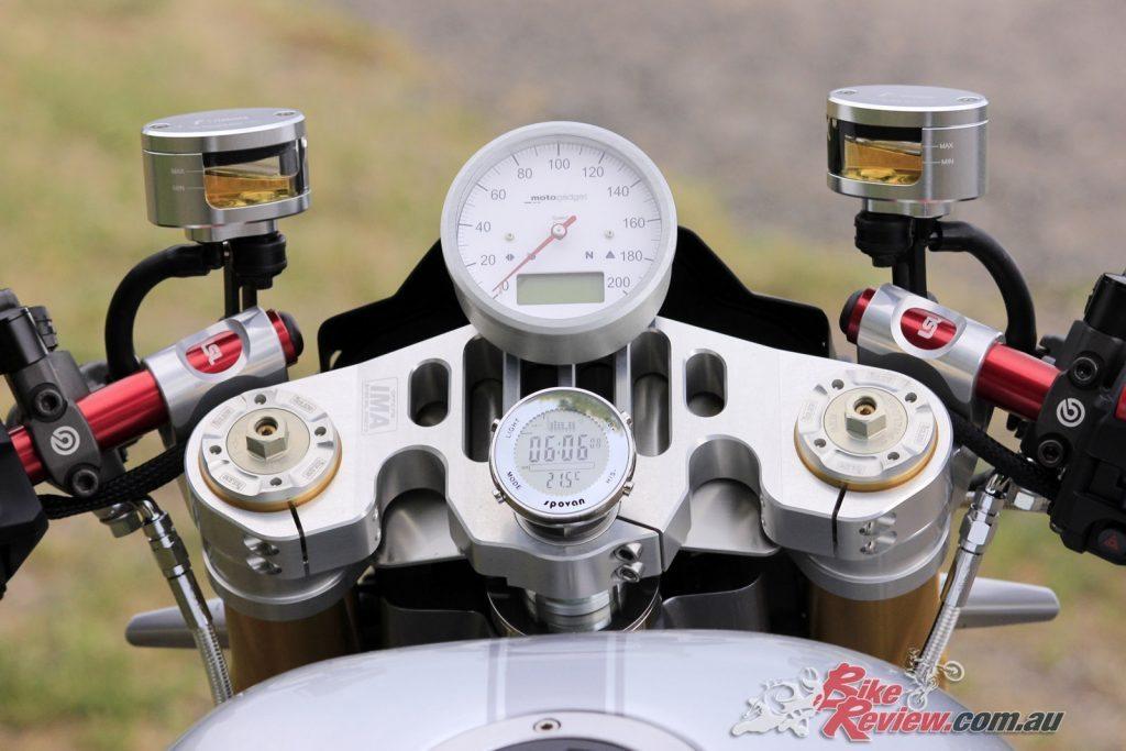 Custom BT Racer - Bike Review (20)