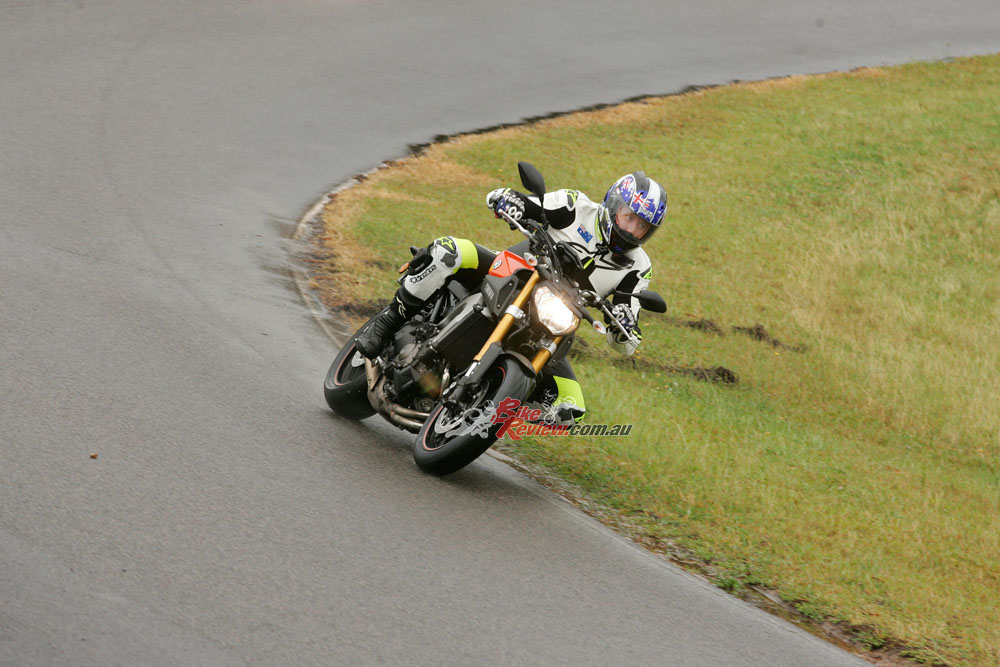 The MT-09 and testing the first S20 in the rain.