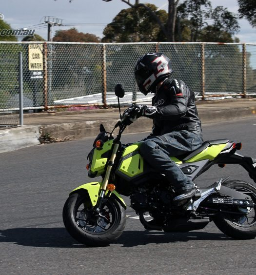 2016 Honda Grom 125 - Bike Review (4)