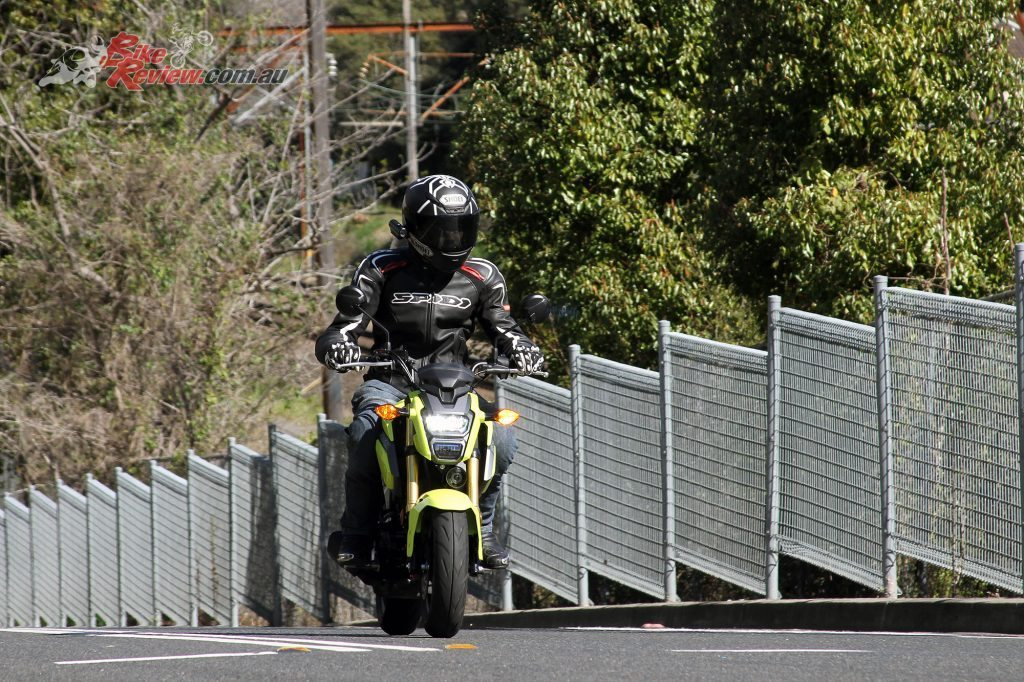 2016 Honda Grom 125 - Bike Review (5)