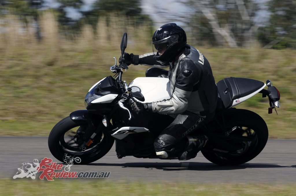 Big Bore Nakedbike - EBR 1190SX - Bike Review (5) copy