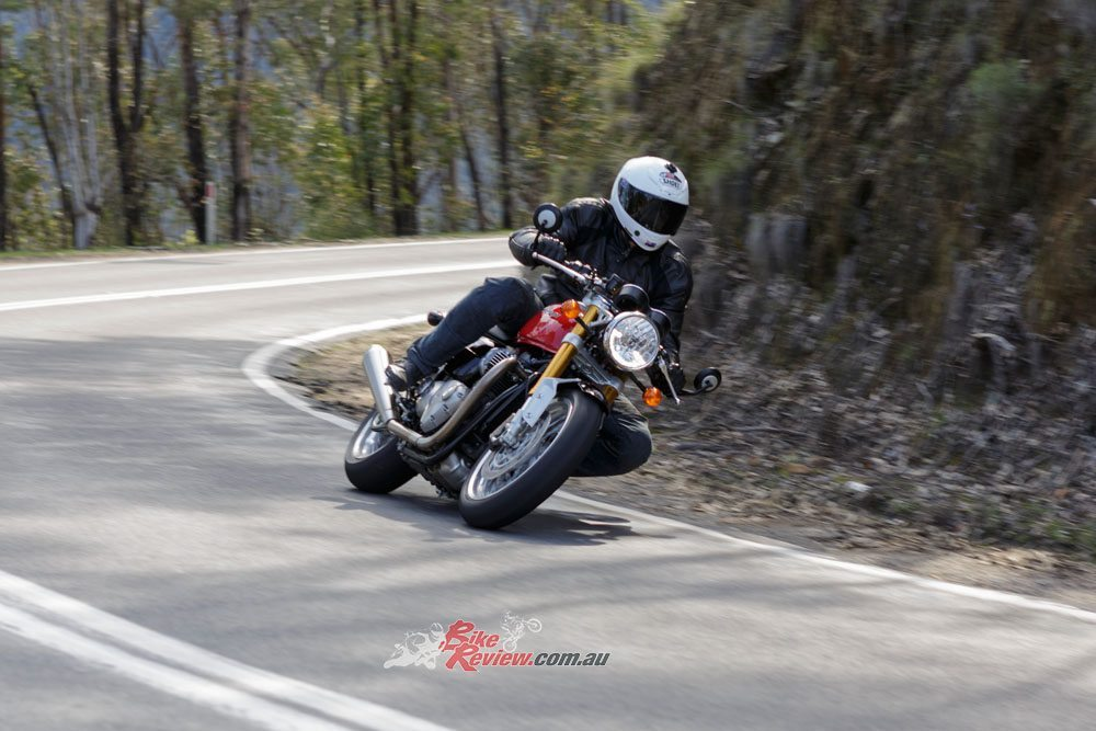 Bike Review Thruxton R20160919_1007