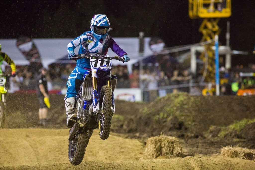 Dean Ferris on his way to second place in the SX1 final.