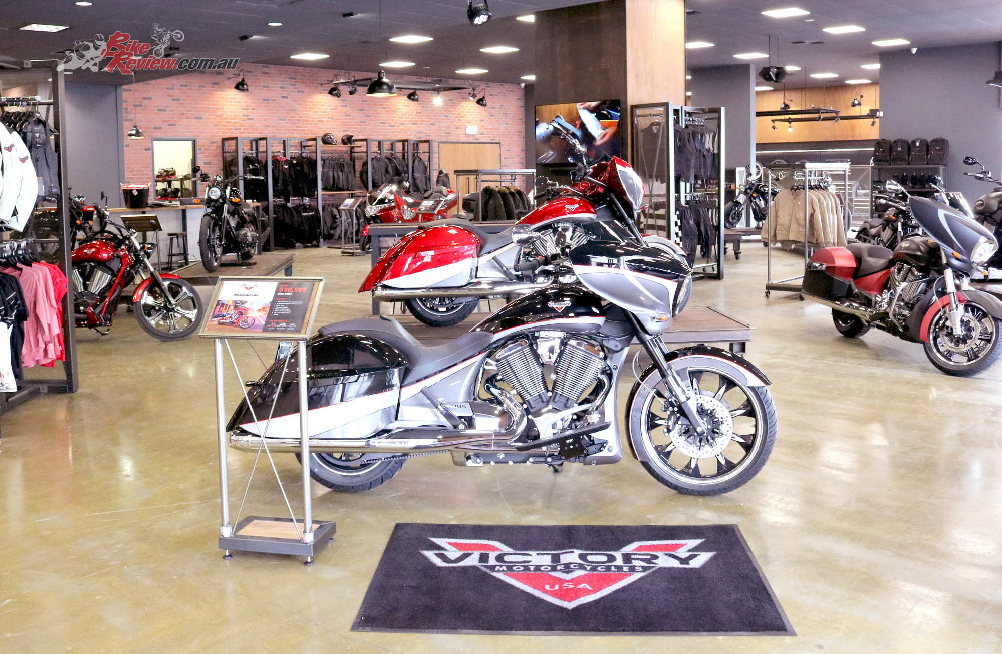 New Flagship Indian and Victory Store, Perth - Bike Review