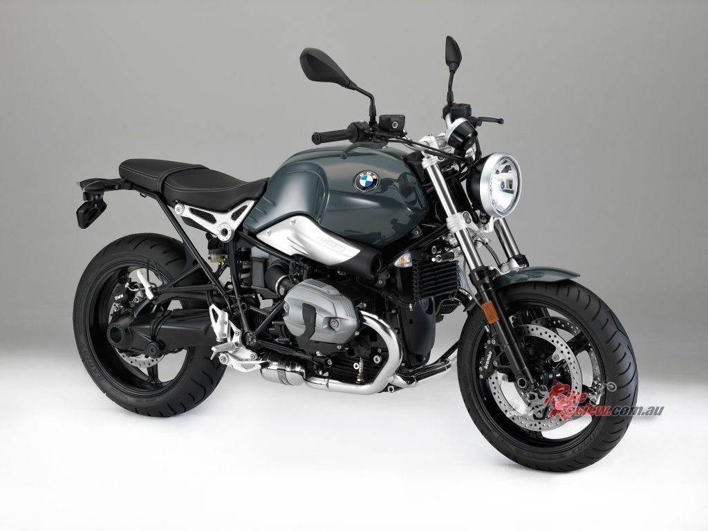 2017 bmw r ninet racer r ninet pure bike review. Black Bedroom Furniture Sets. Home Design Ideas