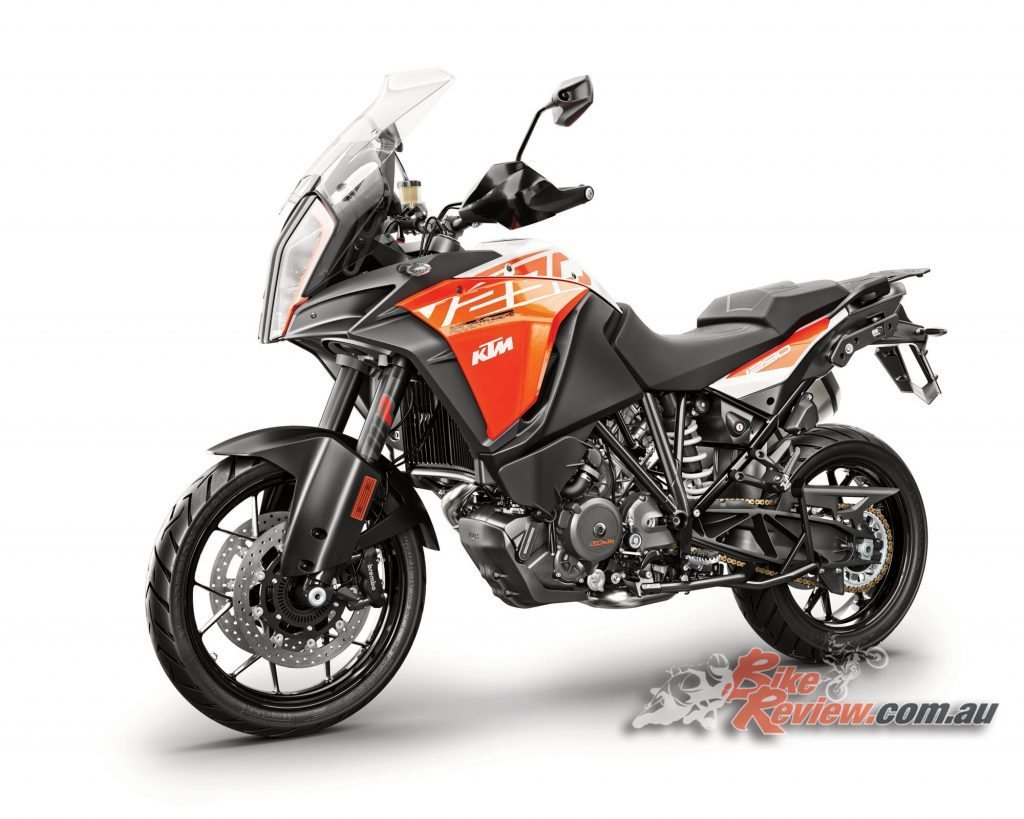 2017 KTM 1290 Super Adventure S, 160hp, semi-active suspension and Motorcycle Stability Control.